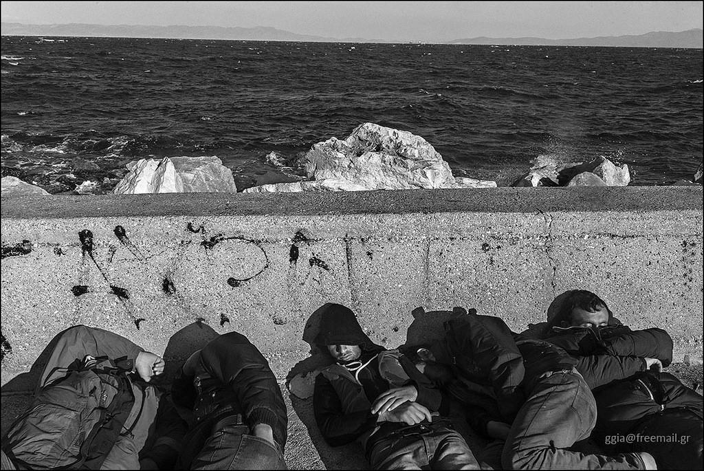 Migranti nel porto di Mitilene, Isola di Lesbo (ggia / Flickr CC)