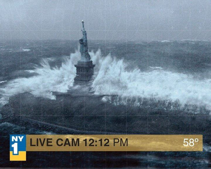 La foto fake della statua della libertà circolata in occasione dell'uragano Sandy